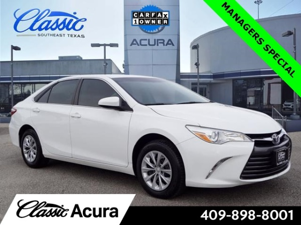 2017 Toyota Camry in Beaumont, TX
