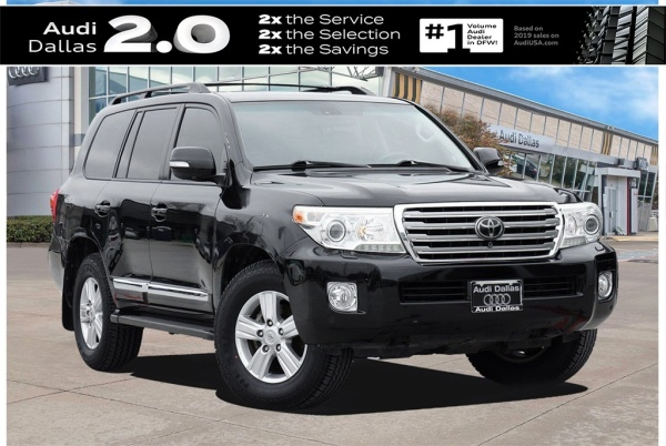2013 Toyota Land Cruiser Base