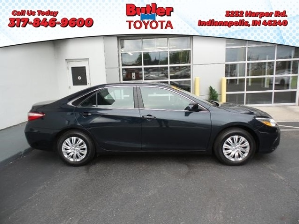 2016 Toyota Camry in Indianapolis, IN