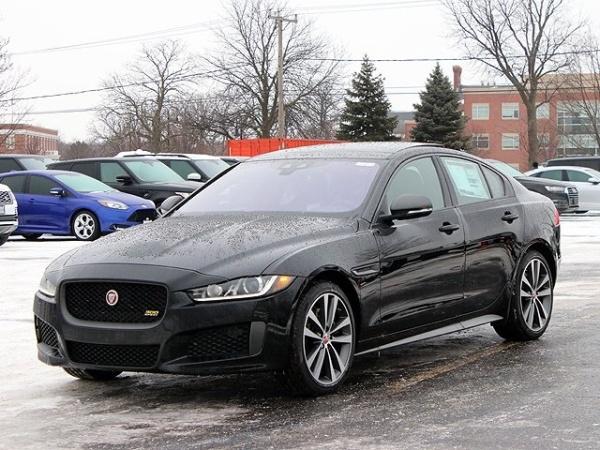 2019 Jaguar XE Sport