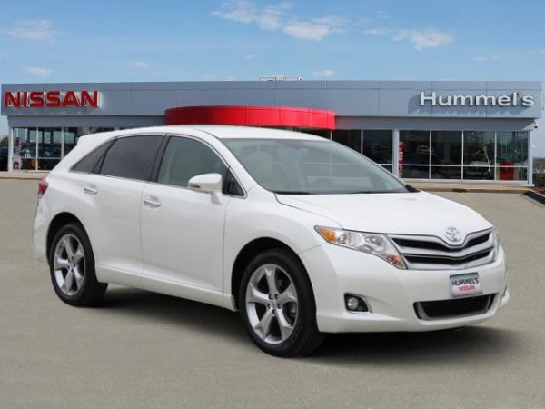used toyota venza for sale in des moines ia u s news world report. Black Bedroom Furniture Sets. Home Design Ideas