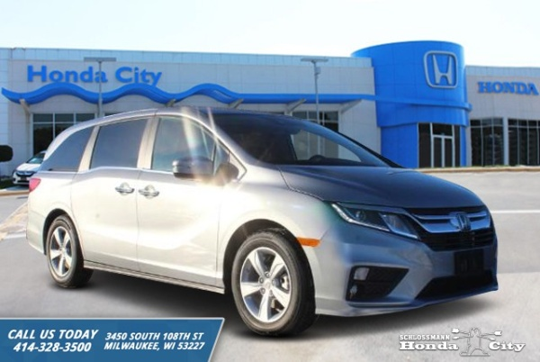 2020 Honda Odyssey in Milwaukee, WI