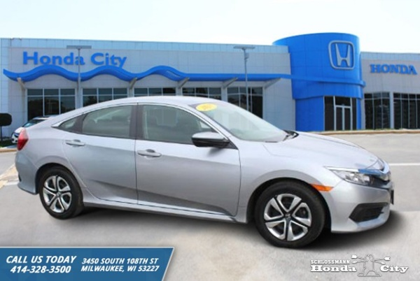 2017 Honda Civic in Milwaukee, WI