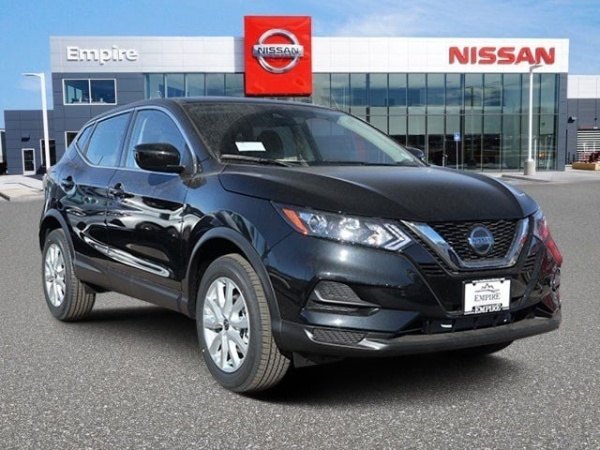 2020 Nissan Rogue Sport in Lakewood, CO