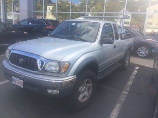 Used 2003 Toyota Tacoma XtraCab 4WD Automatic For Sale In Haverhill, MA
