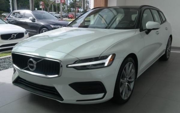 2020 Volvo V60 in Davie, FL