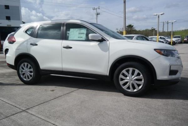 2020 Nissan Rogue in Davie, FL
