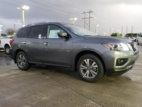 2020 Nissan Pathfinder in Davie, FL