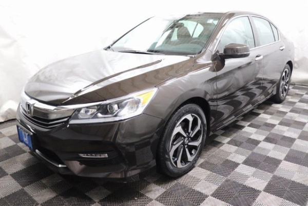 2016 Honda Accord in Akron, OH