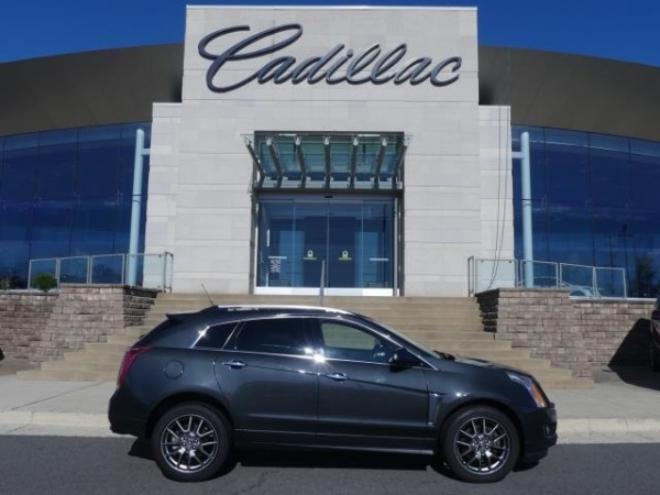 2016 Cadillac SRX in Chantilly, VA