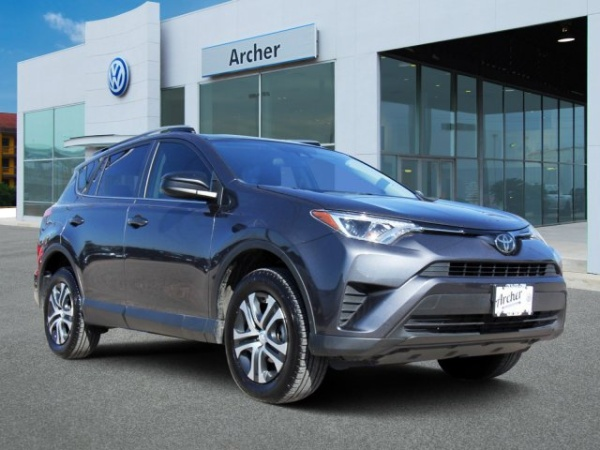 2018 Toyota RAV4 in Houston, TX