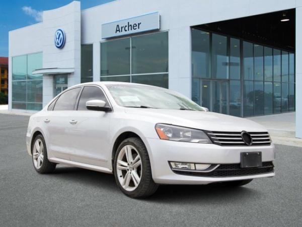 2013 Volkswagen Passat in Houston, TX