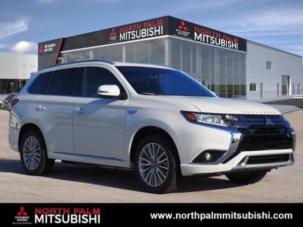 2019 Mitsubishi Outlander in North Palm Beach, FL