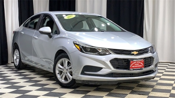 2017 Chevrolet Cruze in Machesney Park, IL
