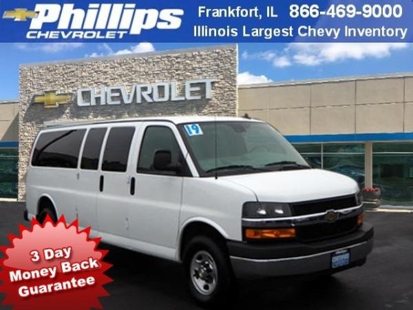 2019 Chevrolet Express Passenger in Frankfort, IL