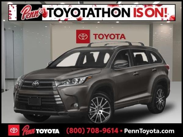 2019 Toyota Highlander in Greenvale, NY