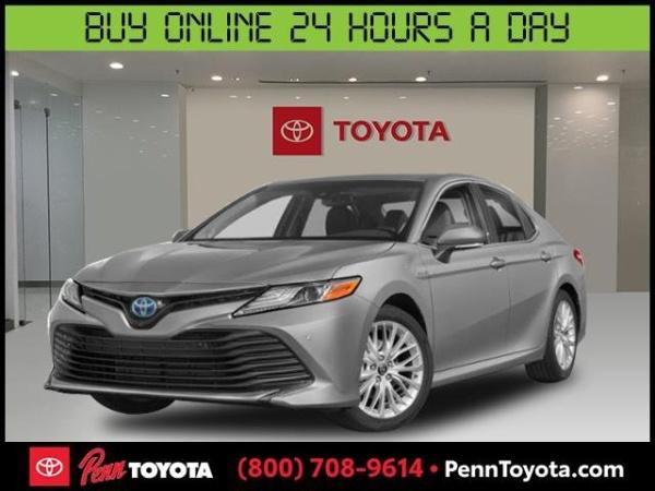 2020 Toyota Camry in Greenvale, NY