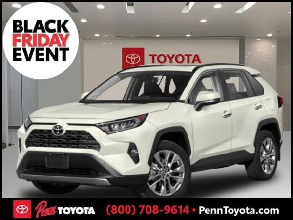 2019 Toyota RAV4 in Greenvale, NY