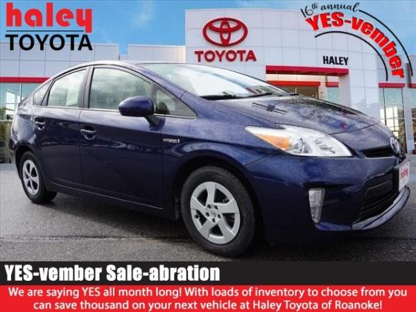 2013 Toyota Prius in Roanoke, VA
