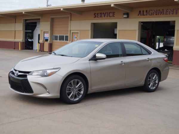 used toyota camry for sale in newton ks u s news world report. Black Bedroom Furniture Sets. Home Design Ideas