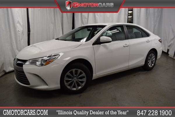 2017 Toyota Camry in Arlington Heights, IL