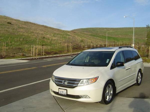 2013 Honda Odyssey in Hayward, CA