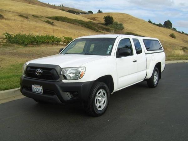 2014 Toyota Tacoma Access Cab I4 RWD Manual