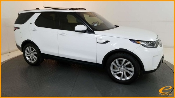 2018 Land Rover Discovery in Carrollton, TX