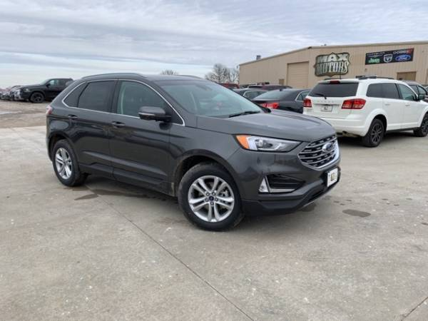 2020 Ford Edge in Butler, MO