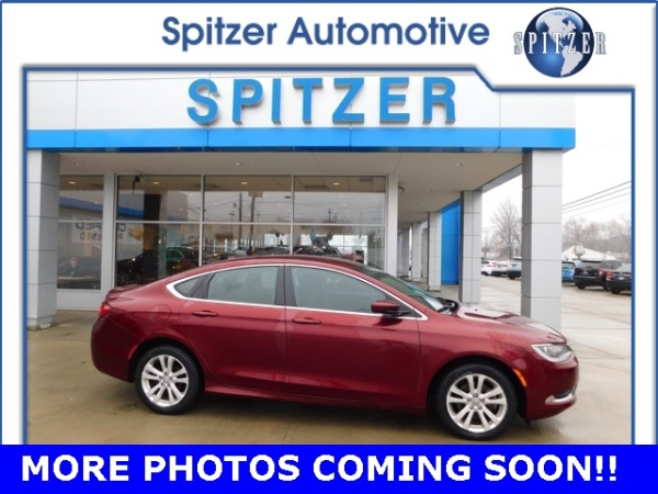 2015 Chrysler 200 in Amherst, OH
