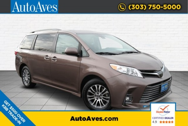 2019 Toyota Sienna in Lakewood, CO