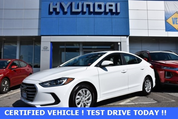 2017 Hyundai Elantra in West Islip, NY