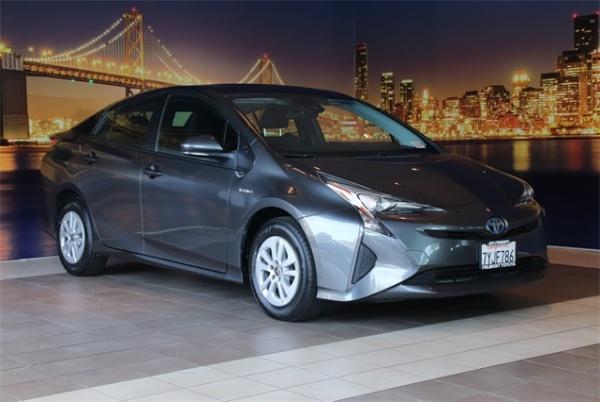 2017 Toyota Prius in Fremont, CA