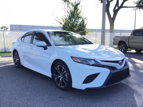 2020 Toyota Camry in Jacksonville, FL