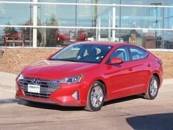 2019 Hyundai Elantra in Ames, IA