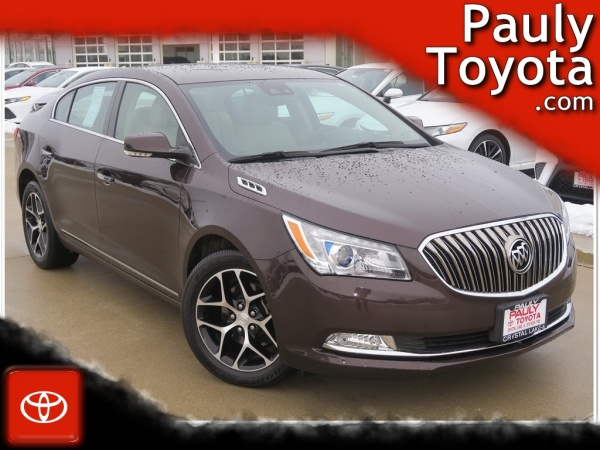 2016 Buick LaCrosse in Crystal Lake, IL