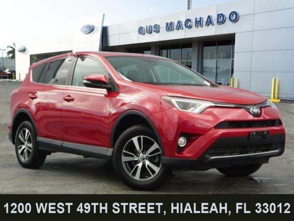 2017 Toyota RAV4 in Hialeah, FL