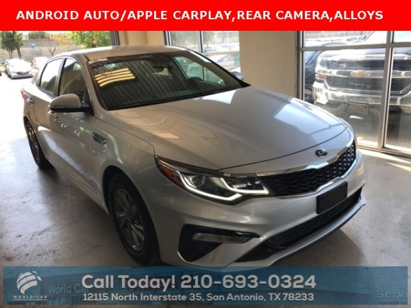 2019 Kia Optima in San Antonio, TX