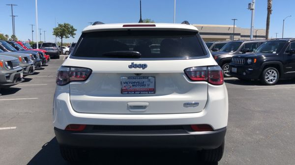 2020 Jeep Compass in Victorville, CA