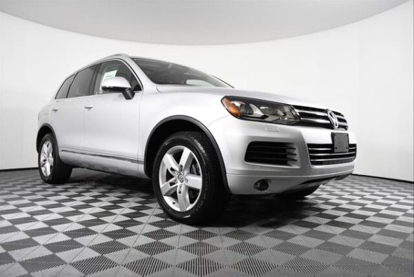 2012 Volkswagen Touareg in Puyallup, WA
