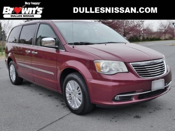 2012 Chrysler Town & Country in Sterling, VA