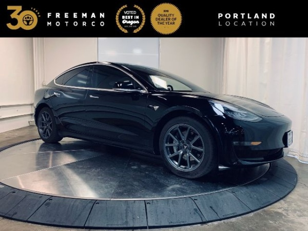 2019 Tesla Model 3 in Portland, OR