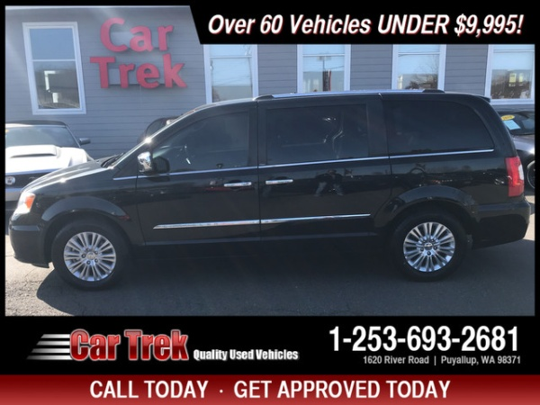 2012 Chrysler Town & Country in Puyallup, WA