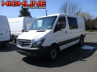 938372802a 2015 Mercedes-Benz Sprinter Crew Van 2500 Standard SWB RWD for Sale in  Southampton