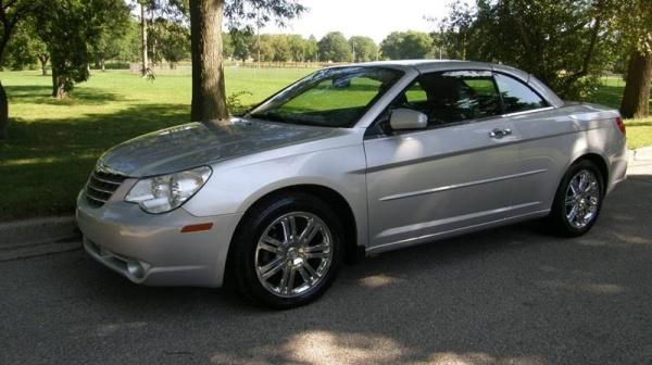 2008 Chrysler Sebring in West Allis, WI