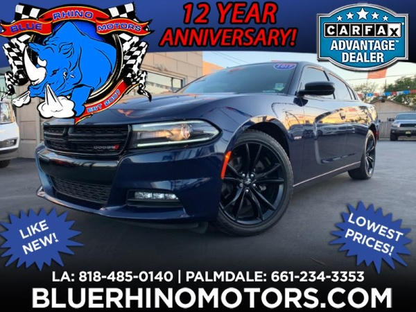 2017 Dodge Charger in Pacoima, CA