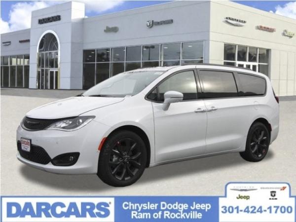 2020 Chrysler Pacifica in Rockville, MD