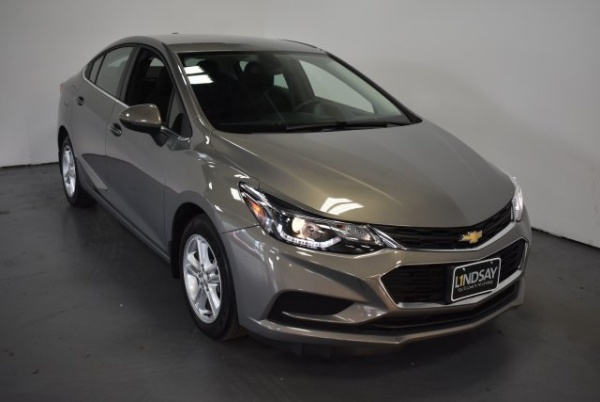 2017 Chevrolet Cruze in Woodbridge, VA