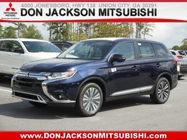 2020 Mitsubishi Outlander in Union City, GA