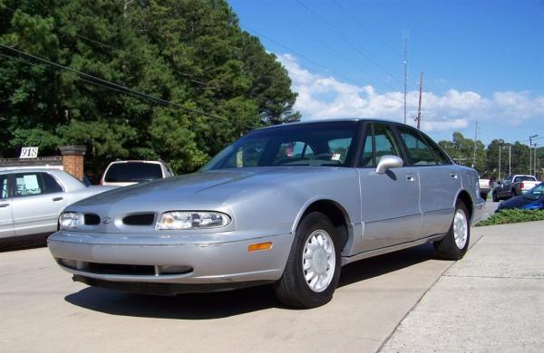 1998 Oldsmobile 88 in Canton, GA